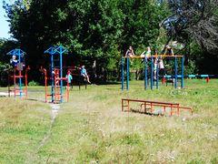 Школьная площадка в Новлянской средней школе Меленковского района