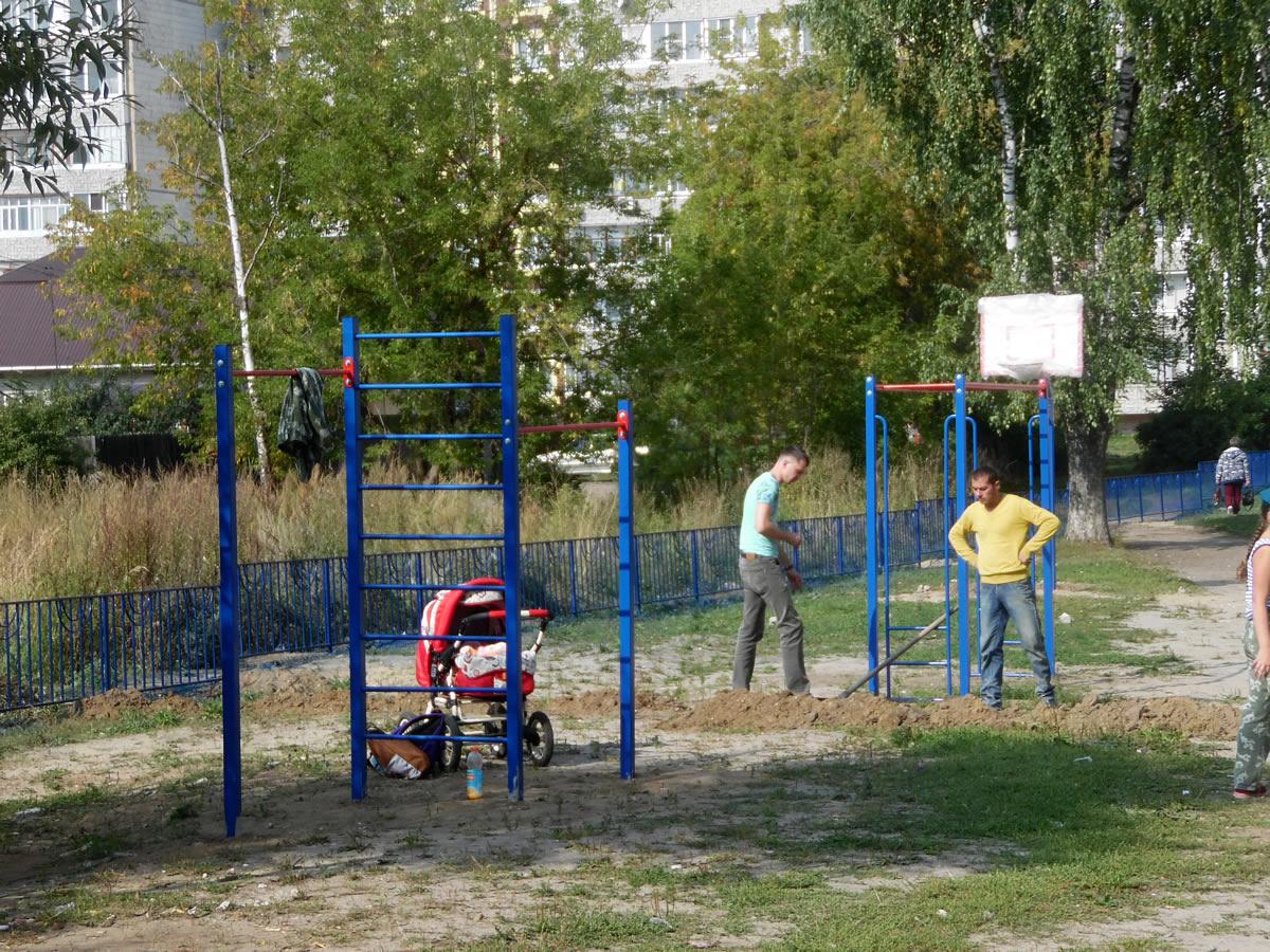 Турник «Отличник» и стойка баскетбольная М1