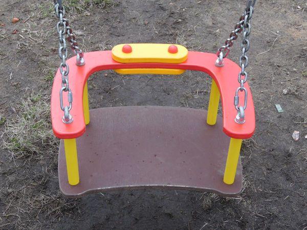 Детские качели «Малыш», состояние сидения