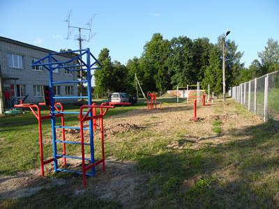 Спортивная площадка с тренажерами и workout на водной станции г. Собинка