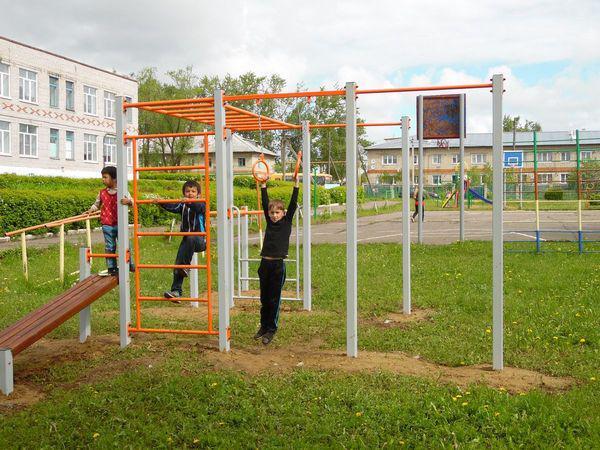 Школьная площадка в с.Ополье Юрьев-Польского района