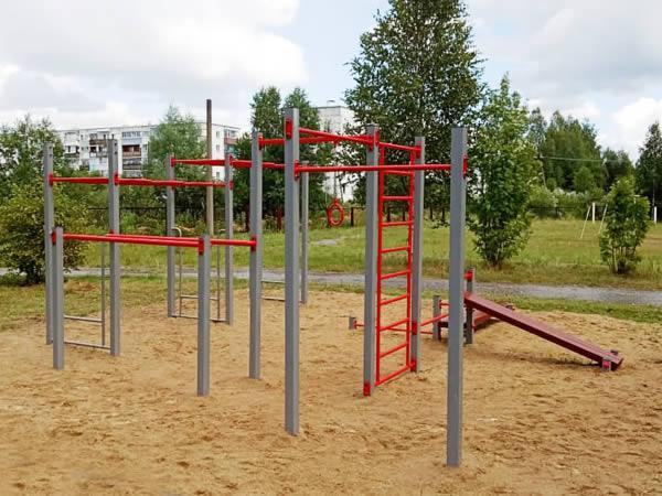 Спортивный комплекс СГК-10 в общеобразовательной школе п. Вековка